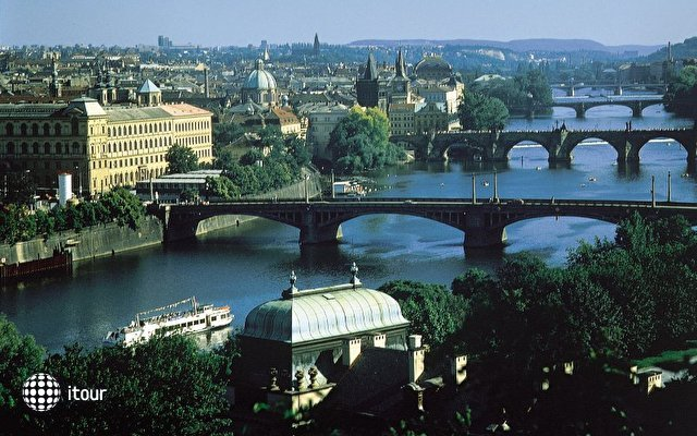 Barcelo Praha Five 7