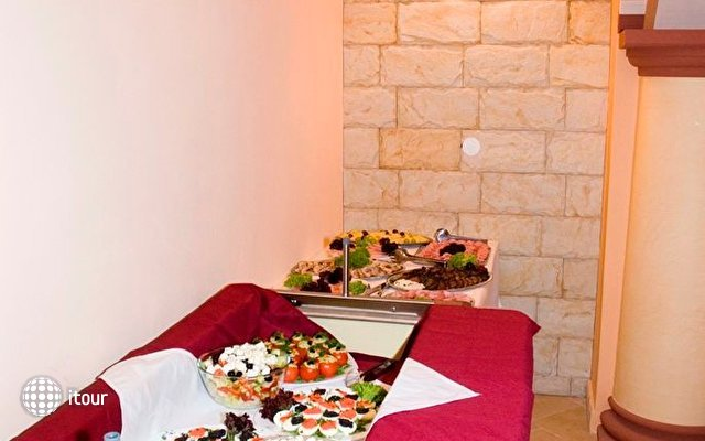 Hotel Arkada 3