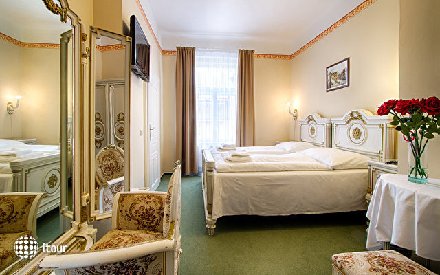 Hotel Taurus 5