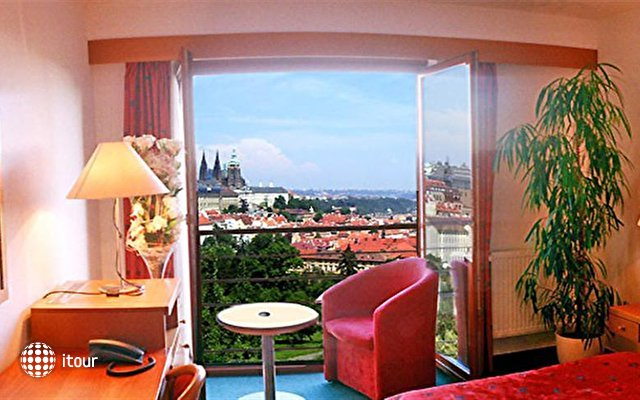 Hotel Troja 9