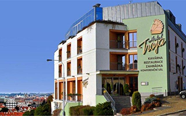 Hotel Troja 2