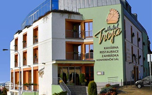 Hotel Troja 1
