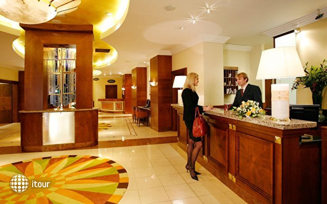 President Hotel 9