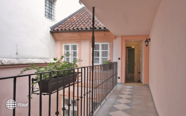 Residence Retezova 1
