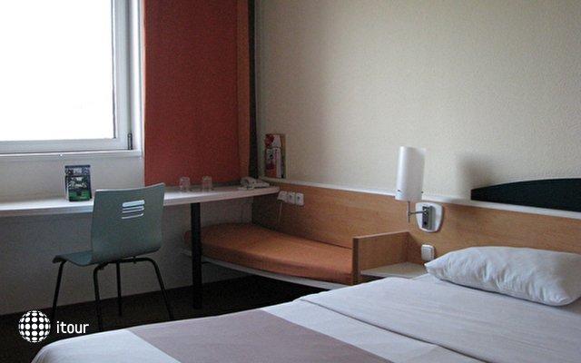 Hotel Ibis Mala Strana (ex. Ibis Praha Smichov) 5