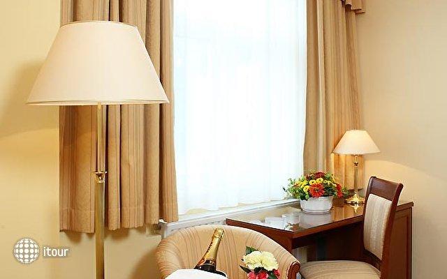 Hotel Romance Puskin 7