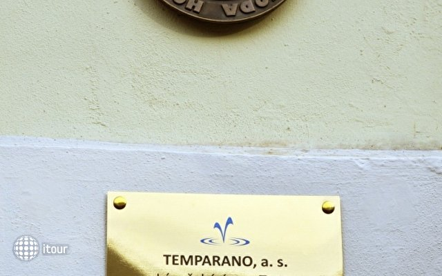 Tosca 4