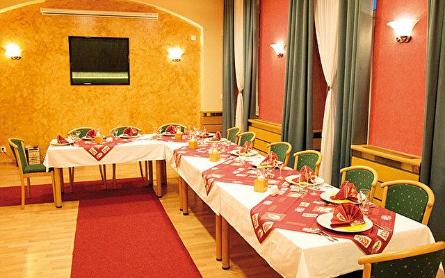 Hotel Jean De Carro 4