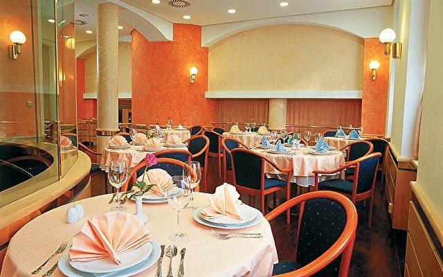 Hotel Jean De Carro 7