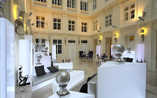 Comsa Brno Palace Hotel 5