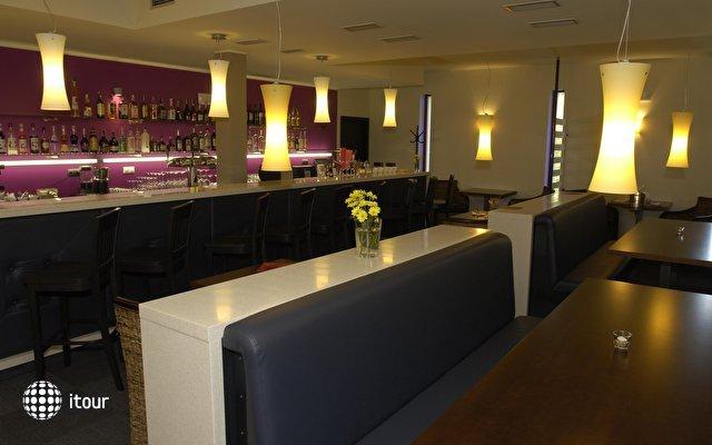 Zamecky Hotel Sychrov 6