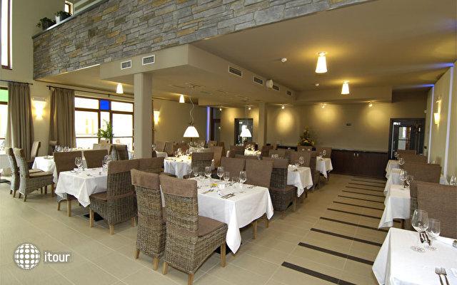 Zamecky Hotel Sychrov 9