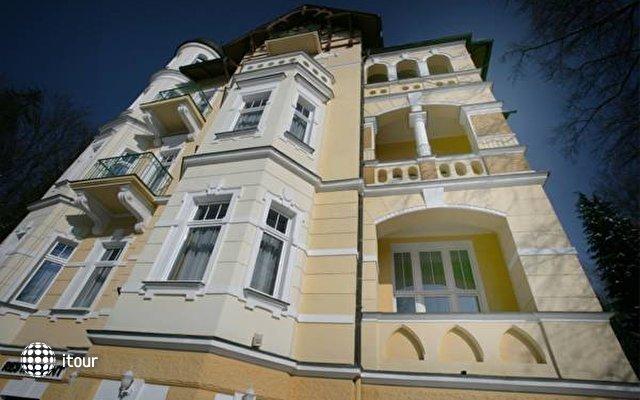 Villa Regent 1