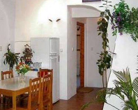 Mini Hotel Abraka 3