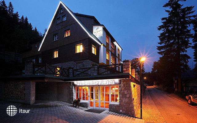 Hotel Pod Jasany 1