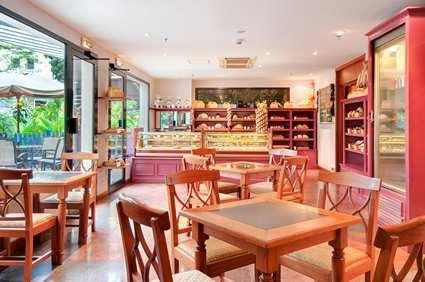 Hilton Hanoi Opera Hotel 7
