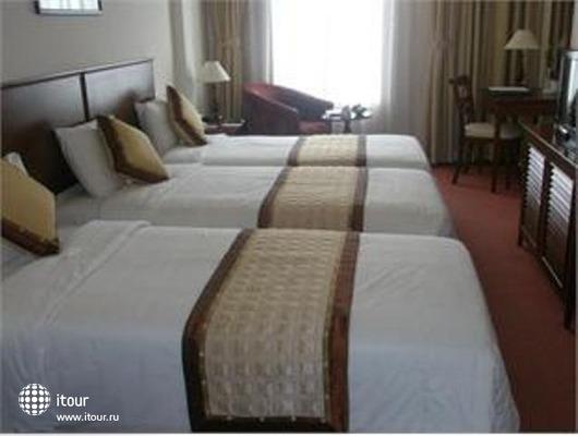 Zenith Hotel 2