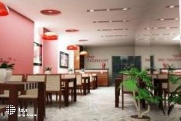 Paramount Hotel Hanoi 8