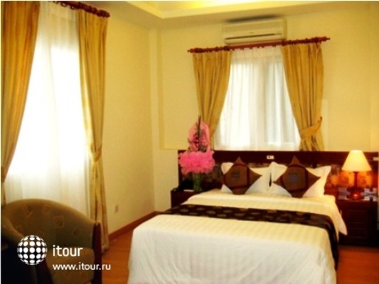 Hanoi Lake View Hotel 8