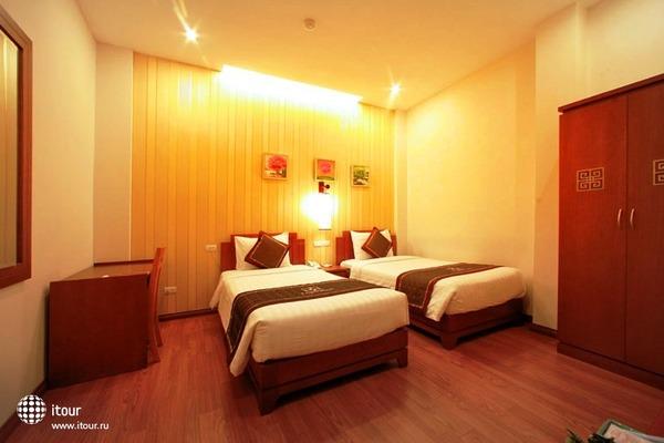 Tran Hotel 7