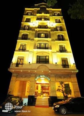 Royal Gate Hotel 2