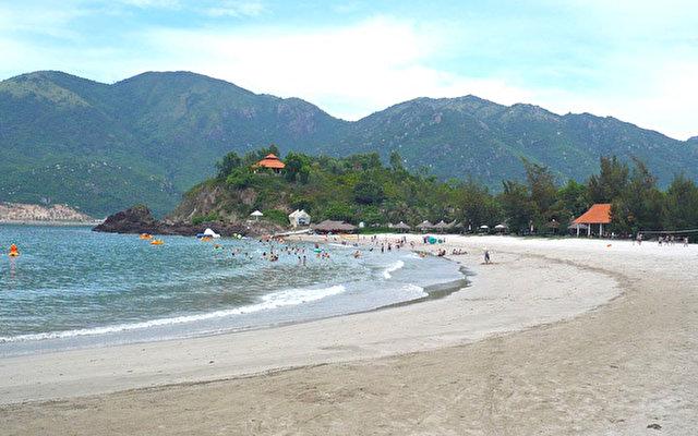 Diamond Bay Resort 4