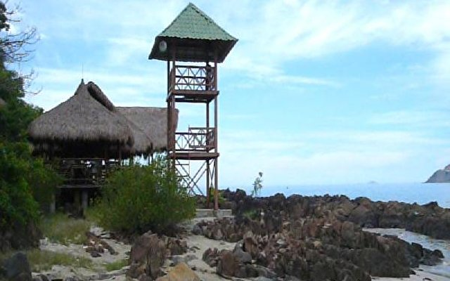 Diamond Bay Resort 9