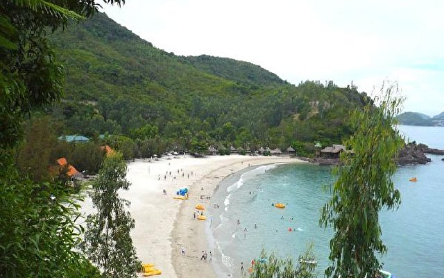 Diamond Bay Resort 3