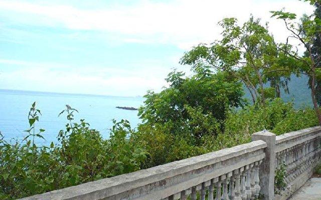 Diamond Bay Resort 8