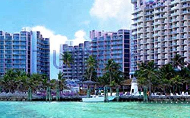 Wyndham Nassau Resort & Crystal Palace Casino 5