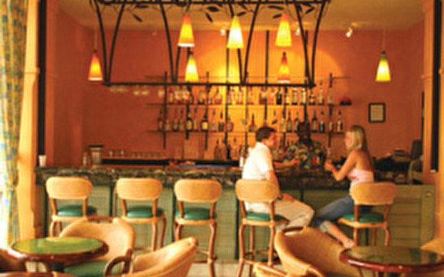 Comfort Suites Paradise Island  4