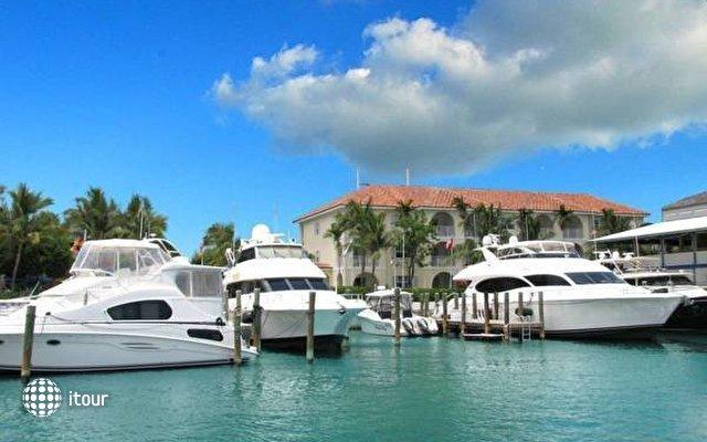 Paradise Harbor Club & Marina 6