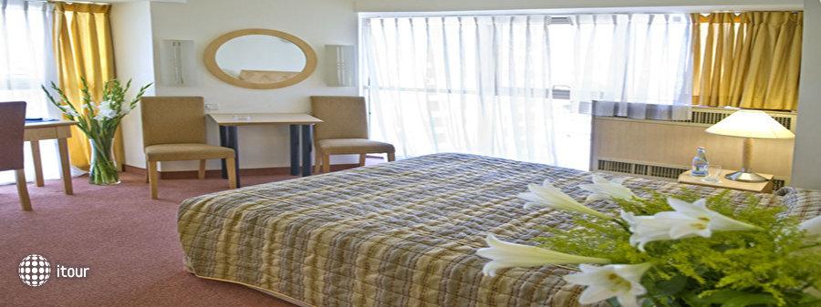 Rimonim Optima Hotel Ramat Gan 4