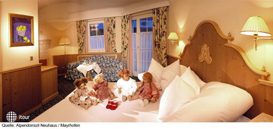 Hotel Alpendomizi Neuhaus 1