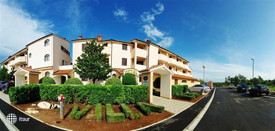 Villa Letan 1