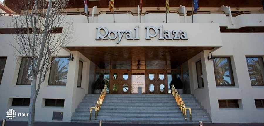 Royal Plaza 2