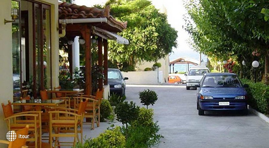 Dimitra Hotel & Apartments 10