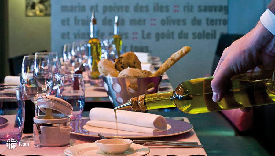 Hotel Radisson Blu Marseille Vieux Port 4
