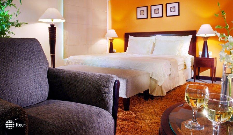 Grand Tropic Suites 3