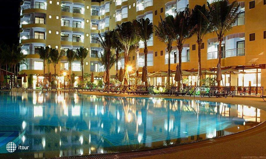 Apex Beach Hotel 1