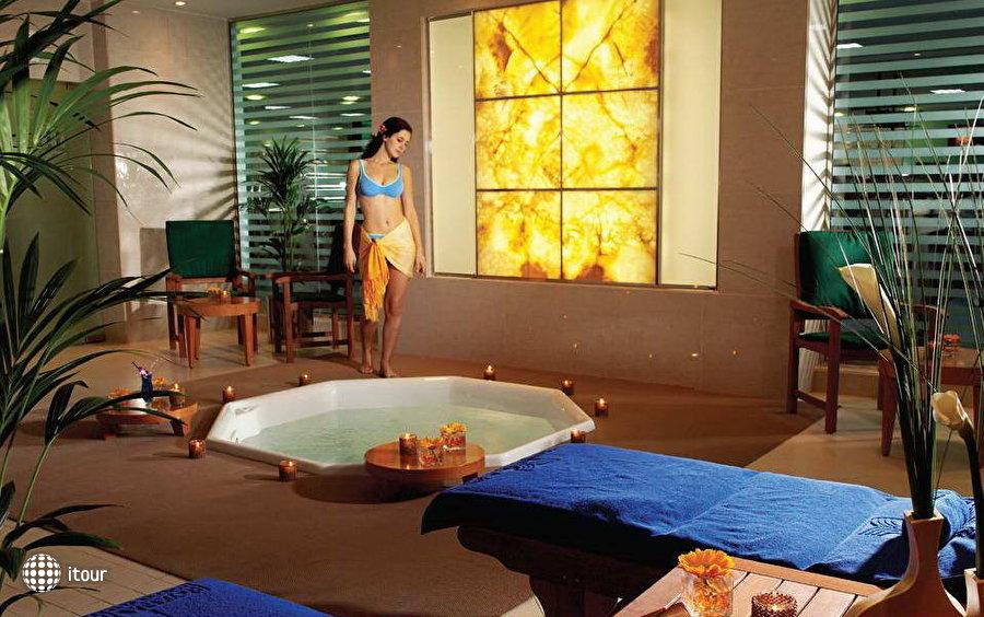 Al Murooj Rotana Hotel & Suites Dubai 4