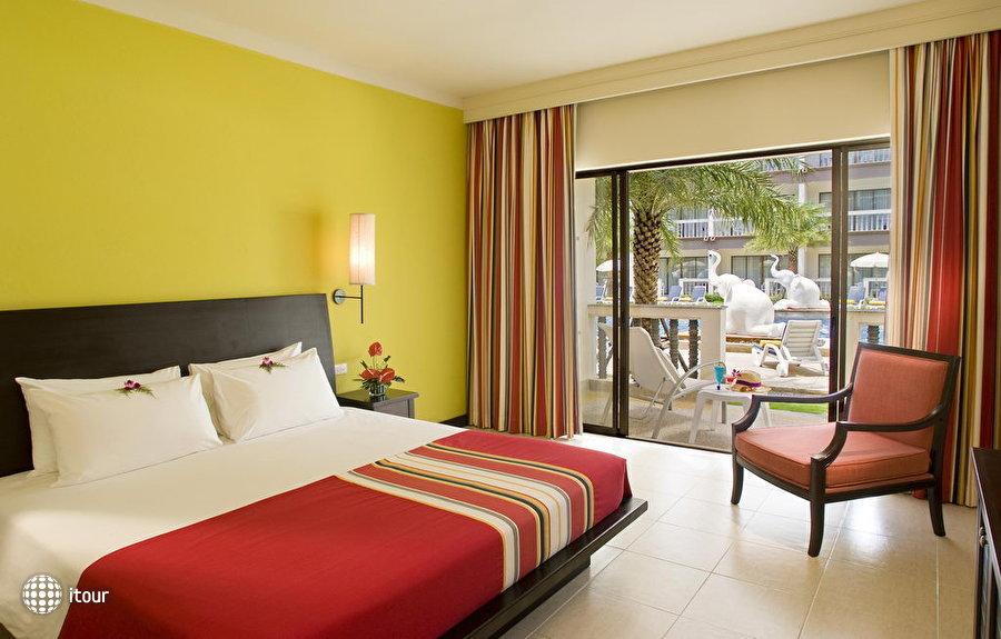 Centara Kata Resort Phuket 3
