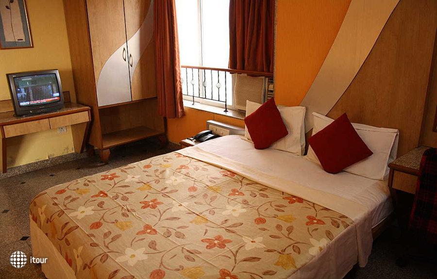 Imperial Residency Hotel 10