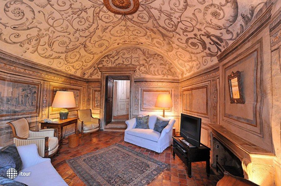 Chateau De Bagnols 3