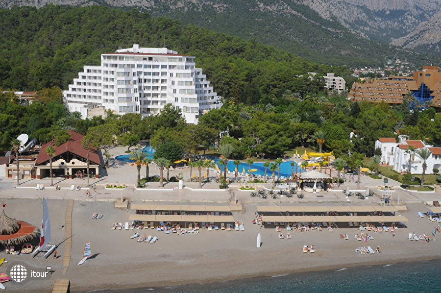 Royal Palm Resort (ex. Royal Resort) 3
