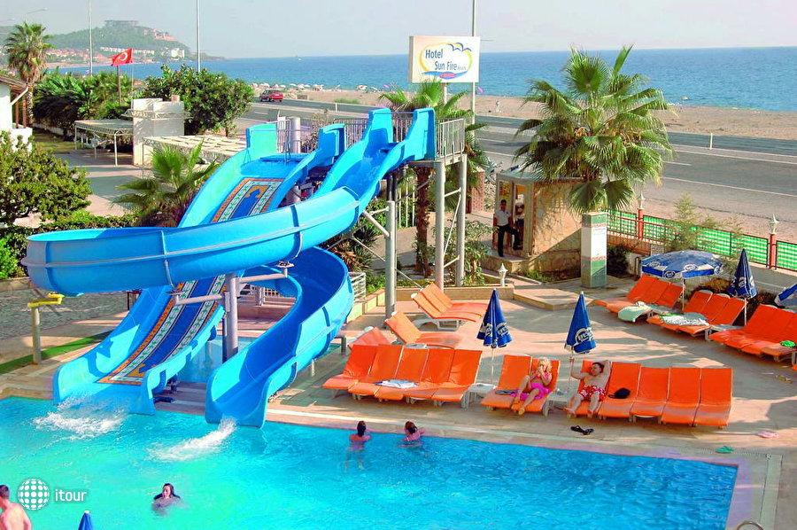 Sun Fire Hotel 3