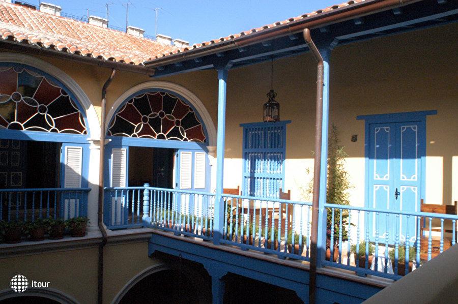 Beltran De Santa Cruz 1