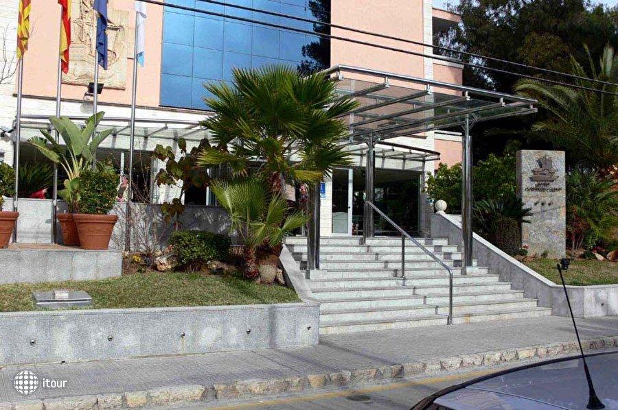 Cristobal Colon 3