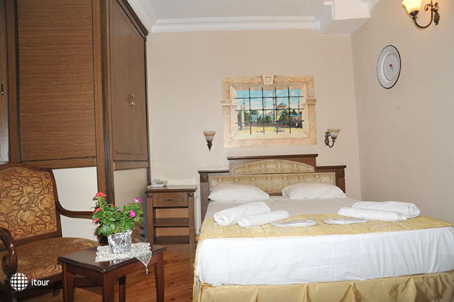 Artefes Hotel 5