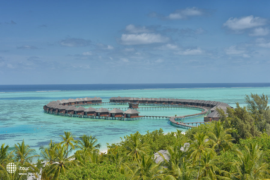 Olhuveli Beach & Spa Resort 1